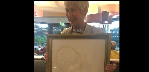 Zena Wooldridge outgoing President receives farewell gift
